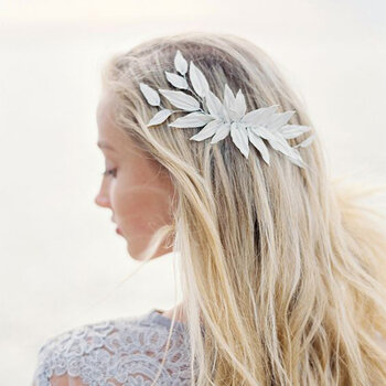Penteados de noiva com cabelo solto. Aposte no look natural e arrase!