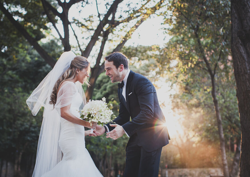 El look de novio perfecto según el momento del día en el que sea la boda