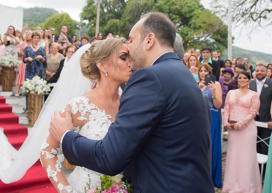Mariana & Vicente: casamento rústico-chique para celebrar o amor que começou com um jantar feito pelo próprio noivo!