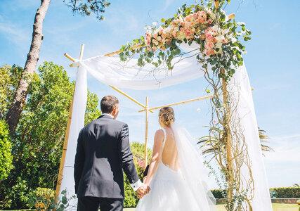 O tule, o seu melhor aliado para a decoração do seu casamento. Fascinante!