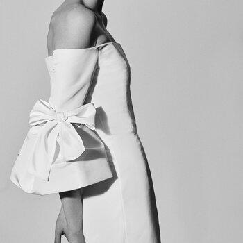 Vestidos de novia con moños y lazos: Diseños hechos para las más románticas