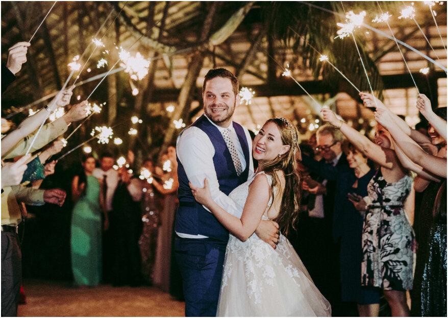 Así es la entrada de los recién casados a la celebración de su boda