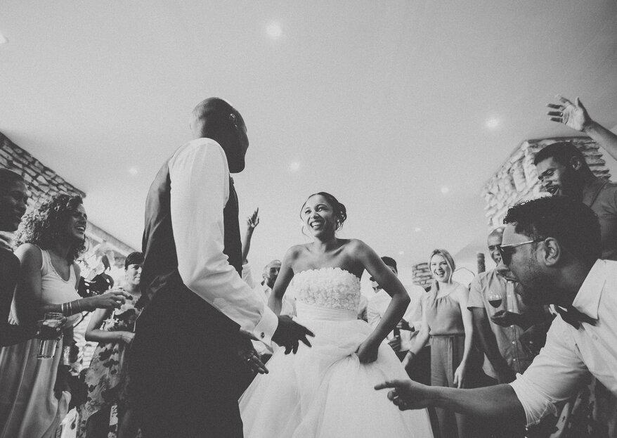 5 dicas para contratar uma banda para o seu casamento: evite uma pista de dança vazia!