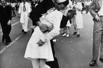 Un beso que marcó una época