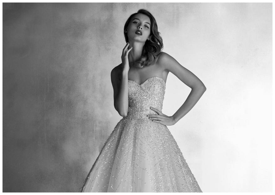 Erstrahlen Sie mit den neuen Brautkleidern von Pronovias im Jahr 2020!