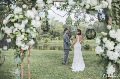 ¿Cómo hacer una boda rústica? ¡Madera, flores y mucho amor los principales protagonistas!