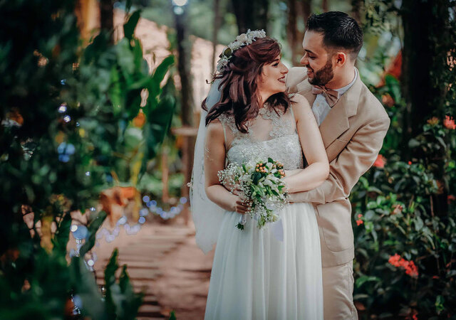 Já pensou sobre a importância do feeling entre você e o fotógrafo do seu casamento?