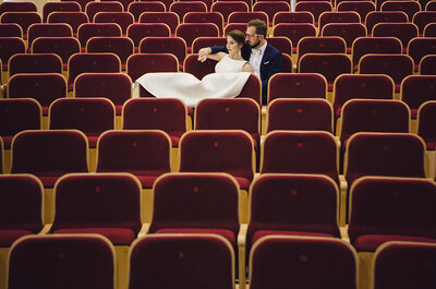 Piękna sesja ślubna w szkole muzycznej i...słonecznikach! Nie przegap!