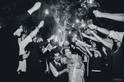Casamento de Natalia & Pedro: conto de fadas rústico em uma floresta encantada!