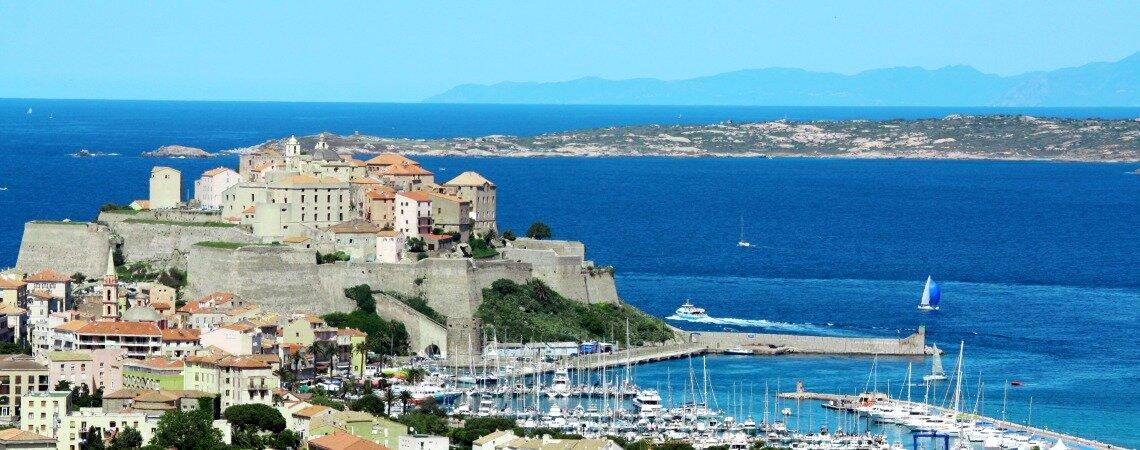 Se marier en Corse : notre mini-guide pour un mariage paradisiaque !