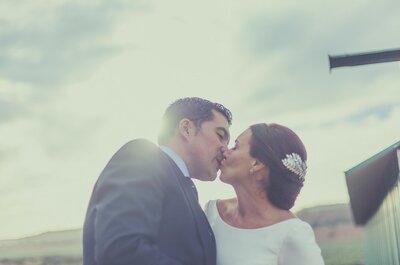 Un viaje de fin de carrera que cambiaría sus vidas: la boda de Carmen y Rafa