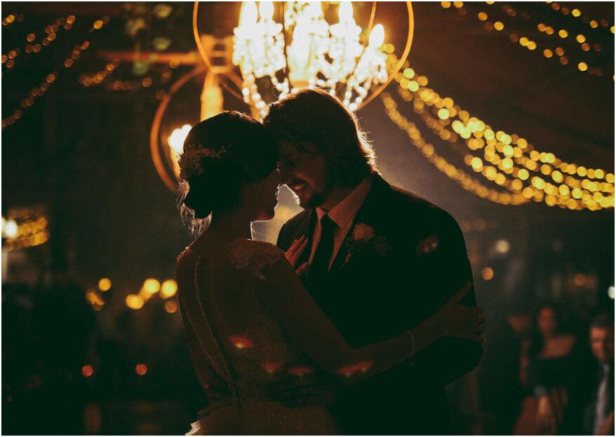 15 canciones románticas en español para el baile de tu boda. ¡Te emocionarán!