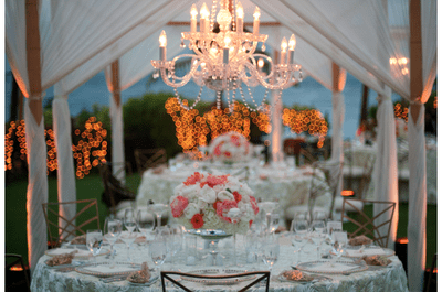 Luz y elegancia: Tips infalibles para decorar tu boda con elegantes candelabros