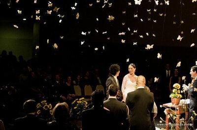 Schmetterlinge bei der Hochzeit steigen lassen