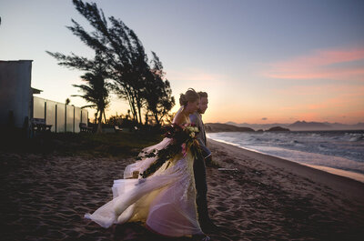 Real Wedding: Tathi + Andrei - From Childhood to the Altar in a Brazilian Beachfront Ceremony