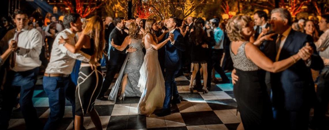 Disfruta de tu fiesta de matrimonio soñada gracias a SonidoEventos.cl
