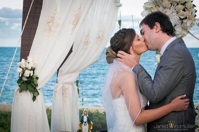 Destination wedding de Jacque & Cadu: de frente para o mar com mais de dez horas de festa!