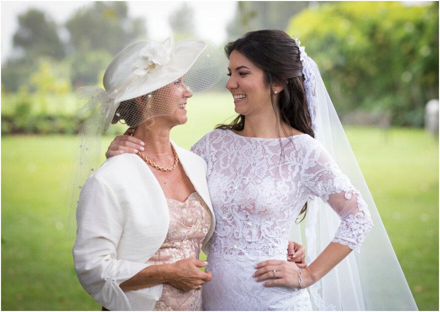 ¿Cómo elegir el vestido para la mamá de los novios? Te lo contamos en 5 pasos