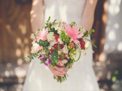 Cómo elegir el bouquet de novia perfecto. ¡Seis tips clave!