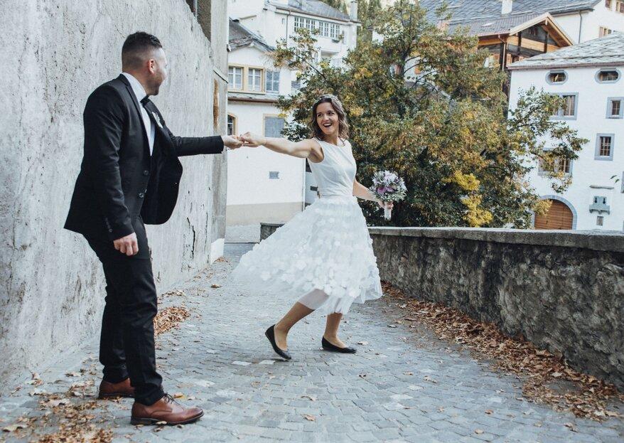 Zartes Shooting mit Lavendel – Hochzeitsexpertinnen geben Einblicke in aktuelle Trends