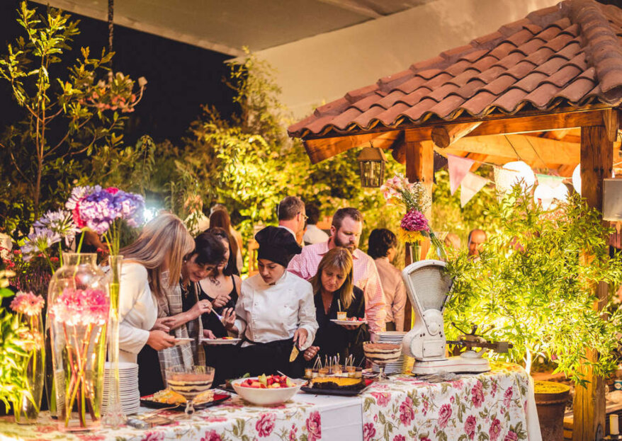 Cocina propia o catering: ¿qué servicio escoger para tu matrimonio?