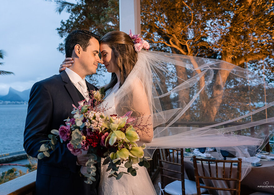 Sabrina & Frederico: casamento inesquecível com direito à decoração impecável assinada por Samantha Maia