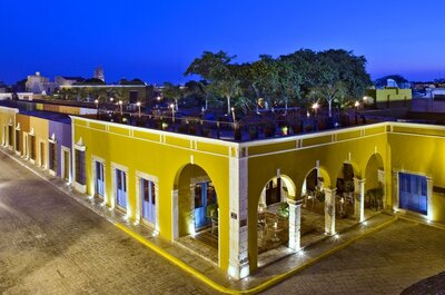 Hotel Puerta Campeche, a luxury hotel in Mexico, filled with colour for your wedding