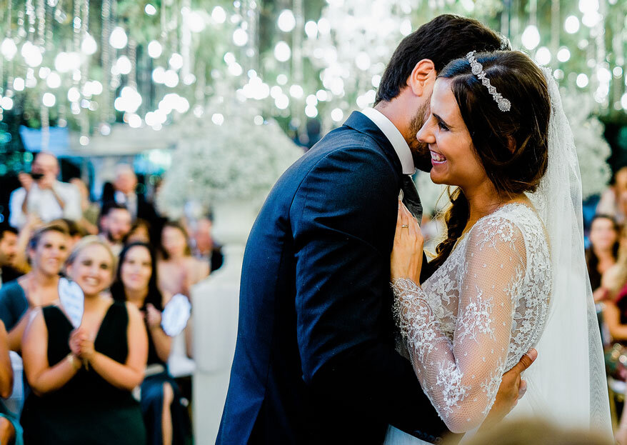 Arrase no seu casamento com um look de princesa, ousado ou clássico... Sempre fashion!