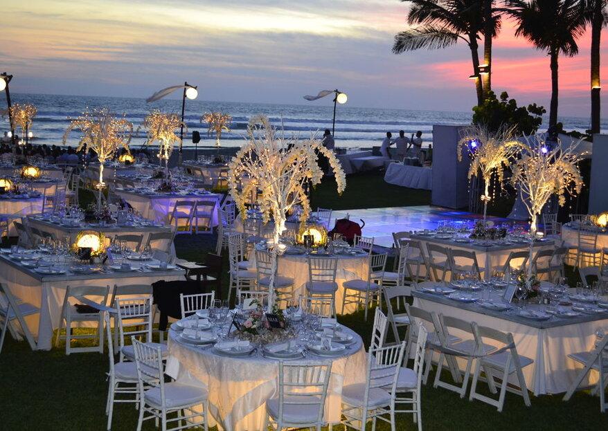 Celebra tu gran día a la orilla del mar con Banquetes Elcano