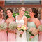 Vestidos en color pastel para tus damas de boda - Foto: Katelyn James