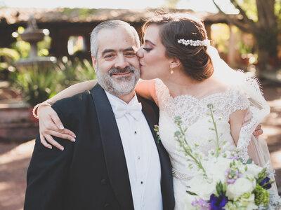 Las 10 razones clave por las que toda novia necesita a su papá el día de su boda
