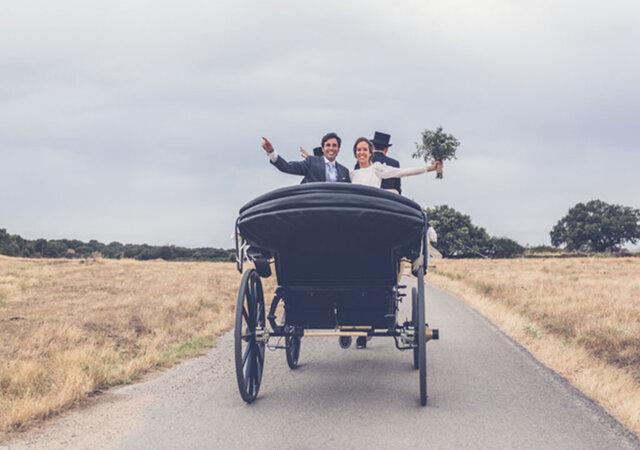 """Una boda íntima y familiar en el campo: el """"sí, quiero"""" de Elena y Nacho"""