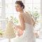 Suknia ślubna w połączeniu z delikatną koronką, Foto: Aire Barcelona 2015