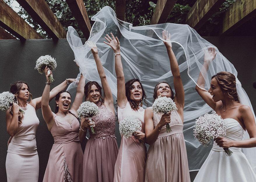 Damas de honor: 10 coisas que TODAS devem fazer no dia do casamento dela!
