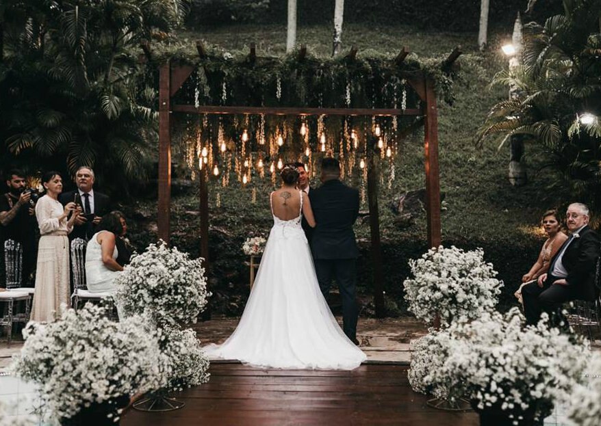 Colonial Pampulha Recepções: o espaço que nasceu para marcar histórias e concretizar sonhos, onde o casal encontra ambientes deslumbrantes e serviços de alta qualidade!