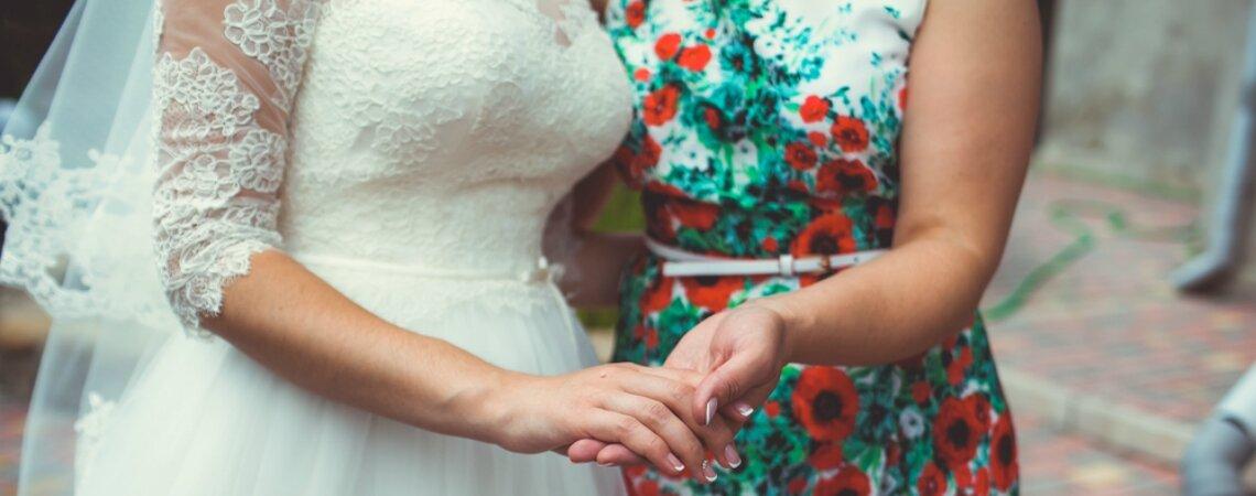 Hoe kies je een jurk voor de moeder van de bruid?