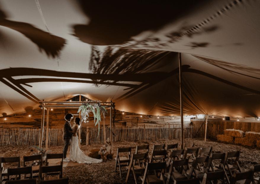 Chic Summer Wedding in London | Bruiloft stoelen