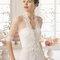 Hochzeits-Kleid: Brautkleid mit dreiviertel Ärmeln und Spitze