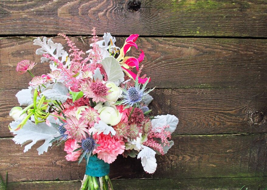 How To Find The Right Bridal Bouquet: 5 Tips To Help You Choose