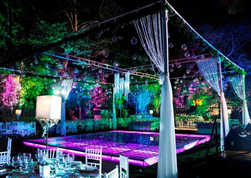 Crea el mejor ambiente para tu boda con Bauhaus Music, ¡nadie se quedará sentado!