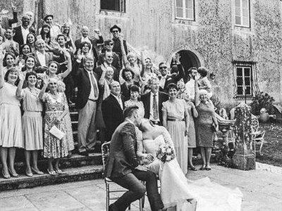 Lista de casamento de 1957: Nem imagina o que os seus avós pediram!