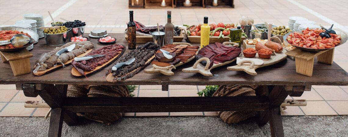Corners de comida tradicional no seu casamento: o clássico renovado