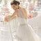 Wycięte plecy w sukni ślubnej, Foto: Aire Barcelona 2015