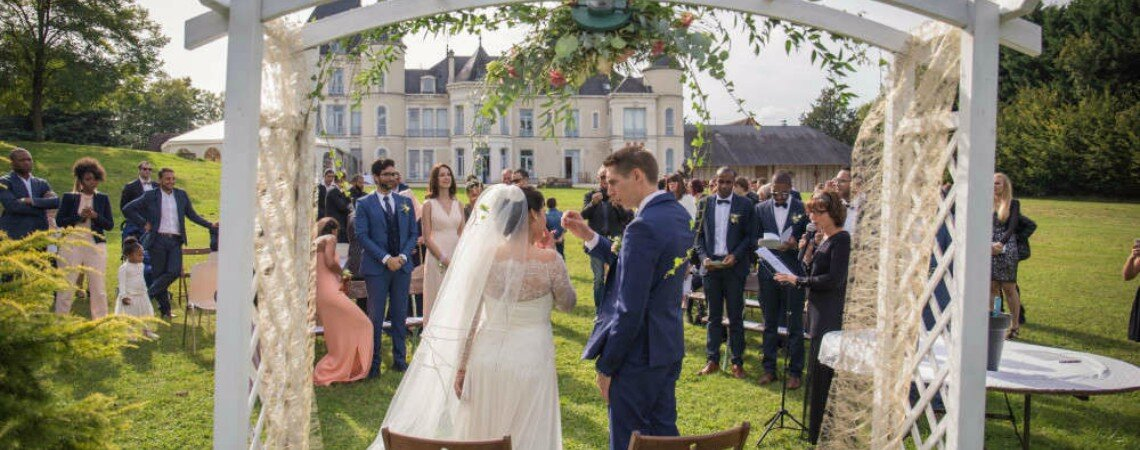 Bonne fée des temps modernes, rencontrez Christine d'Essentiel Événements, une wedding planner pas comme les autres