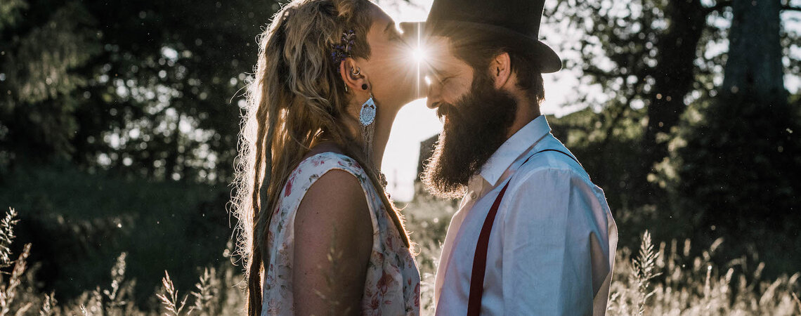 5 Beautytipps, wie Bräute den heissen Sommertag bei der Hochzeit cool überstehen