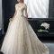 Kremowa suknia ślubna księżniczki w połączeniu z koronką, Foto: Two by Rosa Clará 2015