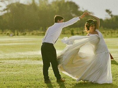 10 canciones para el primer baile de esposos: ¡Ninguna es el vals!