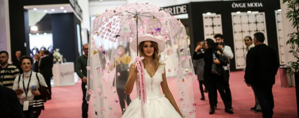 Take Centre Stage At IF Wedding Fashion Izmir in January 2018