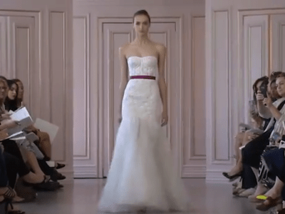 Óscar de la Renta 2016 Bridal Collection Catwalk at New York Bridal Fashion Week