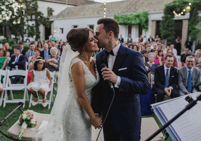 Emotiva, familiar, original e inolvidable: así fue la boda de Sandra y Javier